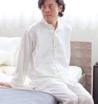 川俣シルクサテンバンドカラーパジャマ